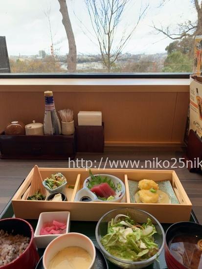 竜泉寺の湯守山店岩盤浴のレストラン