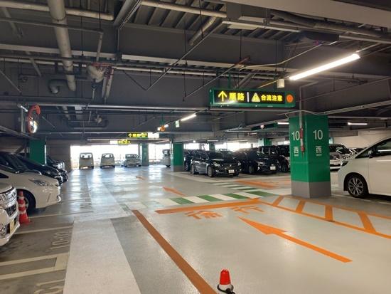 タワーズ駐車場の写真