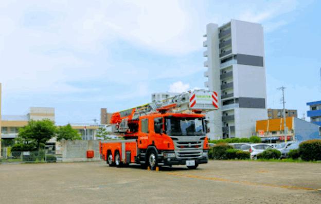中川消防署の30mはしご車の見学